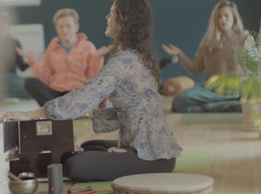Yin yoga, yoga du son & sonothérapie : Le « YIN SONORE » à Vannes